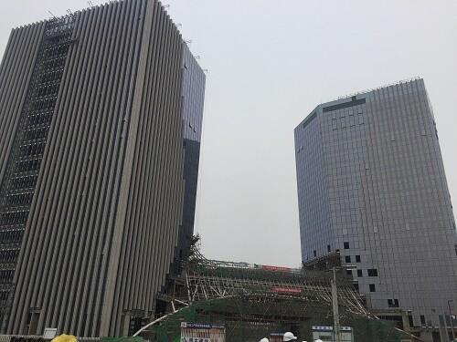 亦城时代广场.jpg